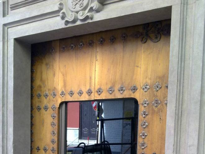 Puerta exterior de PVC y vidrio