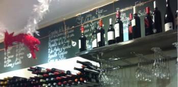 Botellero y estanteria